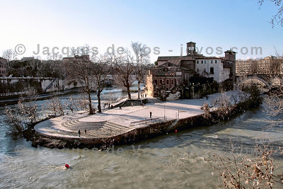 Tiber Island  Shot during winter, as viewed from the south...